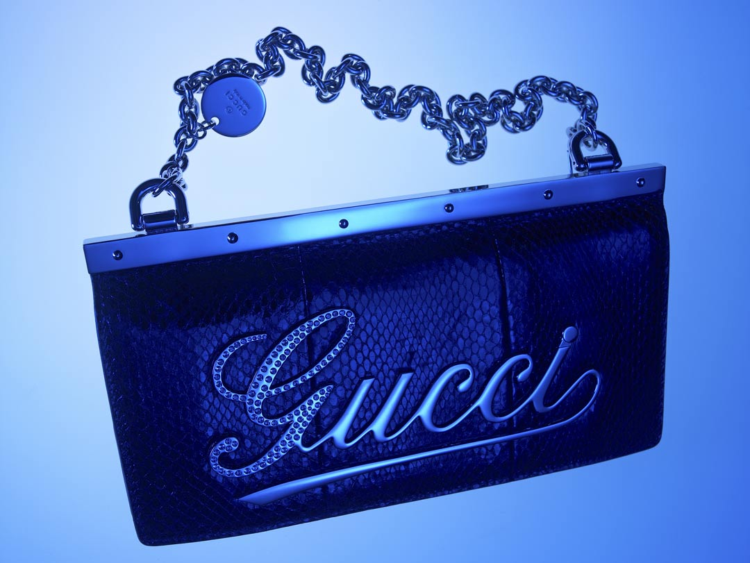 GUCCI-BAG-ON-BLUE