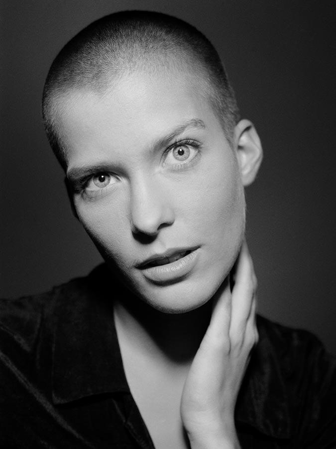 PORTRAIT OF GERMAN ACTRESS VALERIE NIEHAUS, PHOTOS NY THEBEHRENS.NYC DENISE BEHRENS PHOTOGRAPHER RAINER BEHRENS